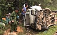 Hà Tĩnh: Xe tải lật nhào bên sườn núi, 3 người trong gia đình trên xe thoát chết hi hữu