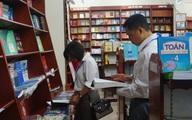 Sách hướng dẫn lựa chọn giới tính thai nhi vẫn được bày bán công khai tại Hà Nội