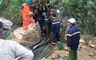 Vì sao sau 8 ngày vẫn chưa tiếp cận được nạn nhân mắc kẹt trong hang đá ở Lào Cai?