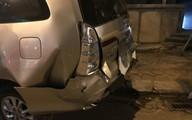 Va chạm với xe Inova, xế sang Porsche bị nát đầu