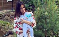 Người đẹp Nga tự hào về dòng máu Malaysia trong con trai mới sinh