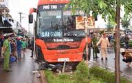 Tạm giữ tài xế xe khách lao vào chợ ven đường làm 4 người tử vong ở Gia Lai