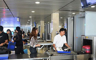 Khách nước ngoài trộm ví ở sân bay Nội Bài bị tóm tại Cam Ranh