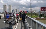 Bỏ vợ lại trên cầu, người đàn ông quê Gia Lai nhảy cầu Sài Gòn mất tích
