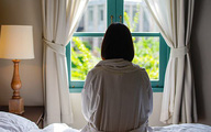 Người đàn bà độc ác lợi dụng con gái 19 tuổi bị chậm phát triển để tống tiền trăm triệu từ nhiều người đàn ông