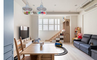 Ngôi nhà 30m² được cải tạo thành không gian hạnh phúc cho vợ chồng trẻ và con gái thỏa sức vui chơi
