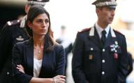 Nữ thị trưởng xinh đẹp tiết lộ luôn phải đề phòng bị mafia ám sát