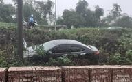 """Hiện trường ô tô gặp nạn khiến nhiều anh em phải thốt lên: """"Nữ tài xế đỉnh cao"""""""