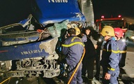 Thanh Hóa: Giải cứu tài xế mắc kẹt trong cabin ô tô vào lúc rạng sáng