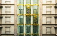 Không đếm xuể những lời khen báo chí nước ngoài dành cho cung điện đá D'. Palais Louis