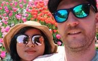 9X Việt cưới chồng Úc, bố mẹ đẻ ăn mừng, bố mẹ chồng lại khóc hết nước mắt