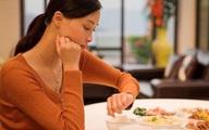 """6 bệnh hiểm do hậu quả của việc ăn tối muộn mà ra và đây là nguyên tắc """"vàng"""" cho bữa tối"""