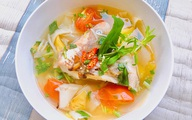 Canh cá điêu hồng nấu măng chua