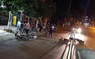 Xe máy đấu đầu ở quốc lộ 6 khiến 2 người tử vong tại chỗ