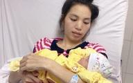 Thai phụ mang thai 28 tuần bị khối u lớn chèn ép đã xuất viện cùng con gái khỏe mạnh