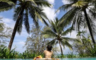 Tour du lịch giảm hơn nửa giá, hàng nghìn khách đặt mua mỗi ngày