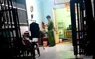 Mẹ phát hiện con trai chết trên vũng máu trong phòng trọ