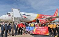 Vietjet Thái Lan khai trương đường bay Bangkok – Khon Kaen với màn biểu diễn của ca sỹ nổi tiếng Thái Lan Ying-Lee trên tàu bay