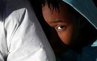 Bé 3 tuổi chết đói vì mẹ bỏ ở nhà cả tuần