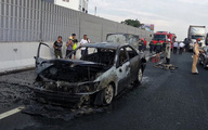 Xe Camry cháy rụi trên cao tốc Pháp Vân