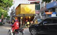 """Hà Nội: Quầy bán bánh trung thu """"mọc lên như nấm"""" dọc vỉa hè, sân chung cư"""
