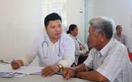 """Khám sức khỏe định kỳ - """"Chìa khóa"""" giúp người cao tuổi sống vui, sống khỏe"""