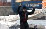 Người con bơi thuyền vượt Đại Tây Dương để gặp cha già 90 tuổi