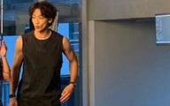 Ông xã Kim Tae Hee khiến dân tình hoang mang khi xuất hiện với gương mặt hốc hác, tiều tụy như người bệnh nặng