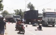 Va chạm với xe tải, hai 2 ông cháu tử vong