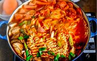 3 bước làm mì cay Hàn Quốc cực ngon cực dễ