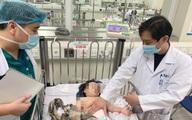 Đã có kết quả chụp sọ não bé gái rơi từ tầng 13 được tài xế xe tải cứu mạng