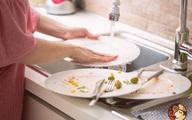 Dùng nước rửa bát sai cách rước độc cho cả nhà, đây là 5 sai lầm phổ biến nhất định phải tránh