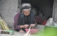 Cụ bà 91 tuổi cương quyết từ chối nhận hỗ trợ xây nhà mới