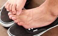 6 kiểu đi giày cực hại cho chân cần bỏ ngay