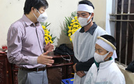 Bộ trưởng Bộ Y tế truy tặng Kỷ niệm chương cho nữ cán bộ y tế gặp nạn trên đường đi trực chốt COVID-19