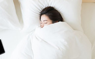Phụ nữ có tử cung khỏe mạnh, ít mắc bệnh phụ khoa thường có 3 thói quen tốt trong việc ngủ nghỉ