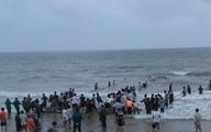 Thanh Hóa: Hàng trăm người tìm kiếm tung tích 3 em nhỏ mất tích trên biển