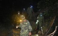 Bộ đội Quảng Bình xuyên đêm tuần tra ngăn dịch xâm nhập từ vùng ngoại biên