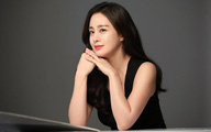 Kim Tae Hee 41 tuổi vẫn đẹp rạng ngời