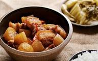 Thịt ba chỉ mà kết hợp với loại củ này sẽ tạo ra món ăn đưa cơm thần sầu mà cách nấu lại đơn giản vô cùng