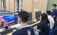 Các trường đại học chuyển sang dạy trực tuyến