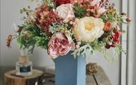 Không khéo tay cắm tay hoa tươi thì chọn ngay những loại hoa giả trang trí nhà cửa này, khách đến chơi ai cũng khen tấm tắc