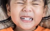 Làm cách nào để không nghiến răng khi ngủ?