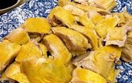 Món gà luộc da vàng giòn của Hà Tăng