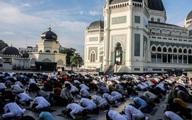 Hàng nghìn người Indonesia tụ tập cầu nguyện giữa đại dịch Covid-19