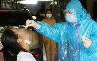 Hà Nội thêm 17 ca dương tính mới, có người phát hiện qua sàng lọc ho, sốt