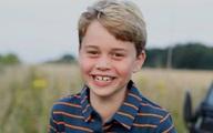 """George - con trai cả Hoàng tử William - Công nương Kate: 8 tuổi, chững chạc, điển trai là """"bản sao"""" của bố"""