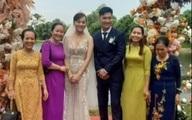 Hương vị tình thân: Long - Nam bị lộ ảnh cưới chụp cùng họ hàng, fan đua nhau lên thuyền trở lại