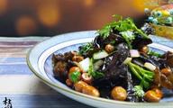 Món ăn quen thuộc giàu sắt gấp 20 lần rau cần, 7 lần gan lợn, dùng để thải độc ruột, giảm cân vô cùng hiệu quả