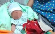 Nghe tiếng khóc yếu ớt trong đêm, mở cửa phát hiện bé trai sơ sinh bị bỏ rơi trong thau nhựa